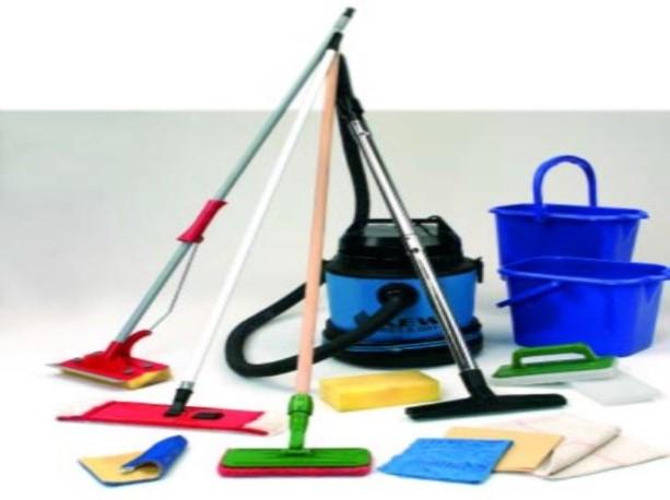 Hjælpemidler til rengøring af fliser