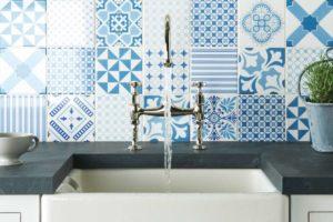 Fliser-galleri-22-Et-nyt-køkken-fortjener-en-væg-med-patchwork