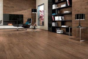 Fliser-galleri-83-Træ-look-med-smuk-og-naturlig-struktur-kommer-til-sin-ret-på-store-flader