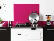 fliser-galleri-9-unikt-design-over-kkkenbordet-med-glas-i-pastelfarver