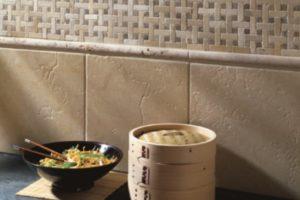 marmor fliser til over køkken bordet